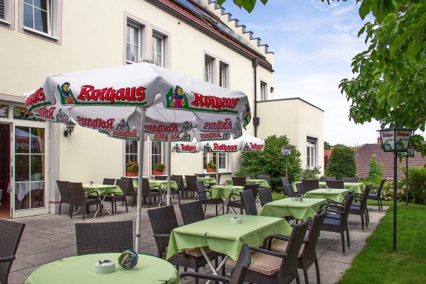 Gartenterrasse Gasthaus Kreuz Riedern