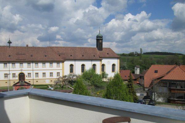 Ausblick vom Balkon Gästezimmer Gasthaus Kreuz Riedern
